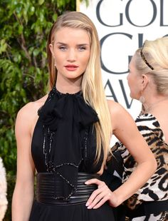 Rosie Huntington Whiteley proves that less really is more...