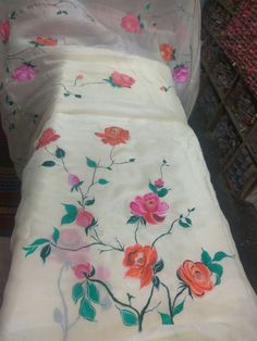 Fabric Painting On Clothes, Painted Clothes, Silk Painting, Hand Painted Dress, Hand Painted Fabric, Wildflower Drawing, Floral Bedspread, Fabric Paint Designs, Embroidery Suits Design