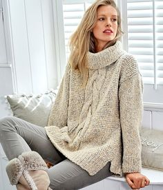 Ideas for knitting easy sweater fashion Knitting Patterns Boys, Knitting Designs, Sweater Scarf, Knit Cardigan, Knit Sweaters, Knit Fashion, Sweater Fashion, Fashion Fashion, Knit Stitches For Beginners