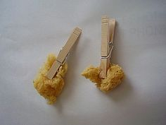 De allereenvoudigste manier van stempelen: gewoon een stukje spons aan een wasknijper