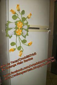 Olha que ideia legalCAPINHA PARA PUXADOR DE GELADEIRA com ramalhete de flores , não tenho receita ou gráfico, mas fica a ideia.   Esses e...