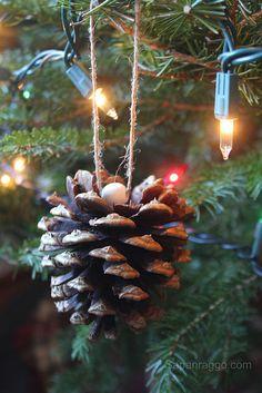 DIY Christmas Tree Ornaments, Hanging Pine Cones.