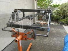 Quick and dirty (and cheap) frame rotisserie - Rat Rod Nation - A place for motorheads Garage Tools, Car Tools, Welding Projects, Fun Projects, Powder Coating Diy, Rat Rod Build, Auto Body Work, Power Bike, Cheap Frames