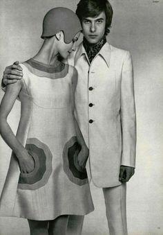Mod-look 1965 in Paris pocket detail