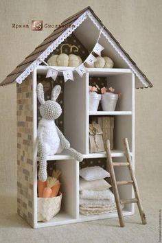 Handmade House to Shred - white, home, houses, miniature, miniature for dolls Diy Casa, Crochet Decoration, Box Houses, Ideas Geniales, Home And Deco, Box Design, Shadow Box, Home Buying, Dollhouse Miniatures