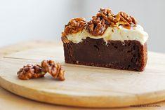 Na vidličku: Čokoládovo-cuketový koláč s mascarpone a karamelem Nutella, Brownies, Cheesecake, Pudding, Yummy Food, Treats, Recipes, Mascarpone, Cake Brownies