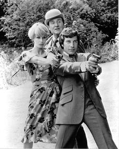 Joanna Lumley, Patrick Macnee and Gareth Hunt -- The New Avengers (TV)