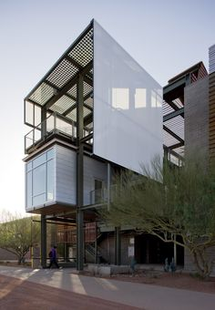 Image 4 of 84 from gallery of AIA Selects the 2012 COTE Top Ten Green Projects. ASU Polytechnic Academic District / RSP Architects and Lake Flato Architects © Bill Timmerman Architecture Student, Space Architecture, Building Architecture, Lake Flato, Floor Plan Drawing, Stair Detail, Container Architecture, Student House, Architecture