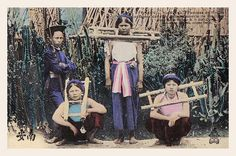 1887 Imprisoned female pirates. Tonkin - Ninh Binh - Femmes de pirates capturées dans les retranchements de Ba-Dinh