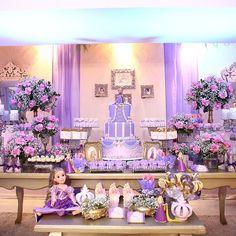 Dicas para fazer a melhor festa da Rapunzel da sua filha – 99 Graus