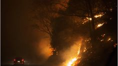 Tennessee wildfires threaten resort town of Gatlinburg  |   Evacuations are under way in Gatlinburg, Tennessee, after wildfires set many houses and a hotel ablaze. - http://www.bbc.com/news/world-us-canada-38142907