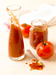 Itse tehty ketsuppi | Rajamäen Preserves, Cravings, Panna Cotta, Good Food, Paleo, Jar, Nutrition, Vegetables, Cooking