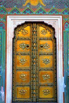 Traditional Doors And Windows Cool Doors, Unique Doors, Portal, Knobs And Knockers, Door Knobs, Porches, Indian Doors, Porte Cochere, When One Door Closes