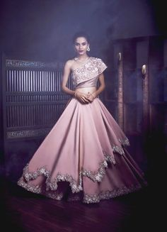 14 Best Bridal Lehenga & Bridal Wear Shops in Mumbai - Indian wedding gowns - Indian Wedding Gowns, Indian Gowns Dresses, Indian Bridal Outfits, Indian Fashion Dresses, Bridal Gowns, Wedding Dresses, Indian Bridal Wear, Pink Gowns, Wedding Wear