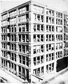 First Leiter Building - William LE BARON JENNEY Construit sur un système modulaire de 5 pieds ( = 1,524 mètres)