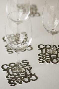 Nos encantan los posa vasos o posa copas en www.clementine.com.uy te presentamos diferentes diseños para tu mesa