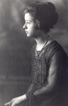American musician Mildred J. Hill (1859-1916) was born today  in Louisville, Kentucky.#HappyBirthday #song #musician
