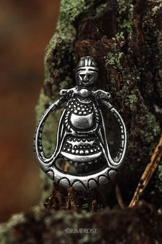 This is a reproduction of a pendant found in a Viking Age grave in Askahögen, Östergötland in Sweden. It depicts Freyja, the goddess of love. Just like the original, it has been crafted from silver. Norse Runes, Norse Mythology, Jellyfish Lamp, Norway Viking, Rune Tattoo, Nordic Vikings, Viking Symbols, Goddess Of Love, Viking Age