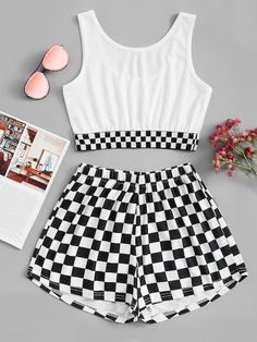 Gingham Crop Top With ShortsFor Women-romwe Cute Lazy Outfits, Crop Top Outfits, Cute Casual Outfits, Retro Outfits, Simple Outfits, Stylish Outfits, Grunge Outfits, Girls Fashion Clothes, Teen Fashion Outfits