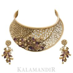 Fulfill a Wedding Tradition with Estate Bridal Jewelry Trendy Jewelry, Fashion Jewelry, Gold Jewellery Design, Antic Jewellery, Moon Jewelry, Necklace Designs, Bridal Jewelry, Gold Necklaces, Choker