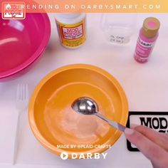 How to make slime with Mod Podge! Create slime of any color using Mod Podge and FolkArt Paints. Fun to make and your kids will love the slime! Slime Craft, Diy Slime, Popular Slime, Pretty Slime, Slime For Kids, Slime Shops, Homemade Slime, Crafts For Kids, Diy Crafts