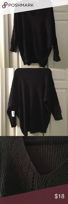 🎀COMFY SWEATER PLUS SIZE NWT FITS SMALL🎀 Best fits 1X! Sooo cute. Charlotte Russe Sweaters