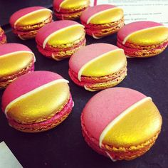 Macarons - beautiful! Repinned by Anges de Sucre www.angesdesucre.com #macarons