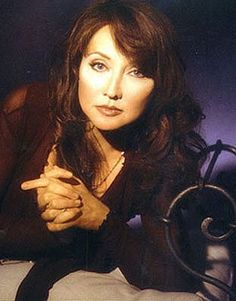 Pam Tillis - saw once in Pigeon Forge Best Country Music, Country Music Artists, Country Music Stars, Country Singers, Pam Tillis, Linda Ronstadt, Music Mix, Yesterday And Today, Country Girls