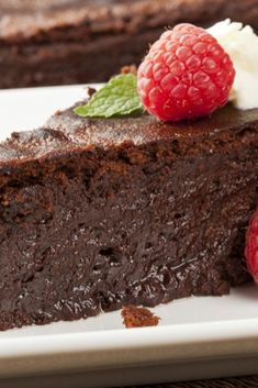 A super speedy chocolate cake, which tastes great served hot or cold...