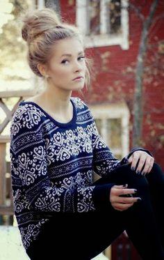 Cute & Casual Dark Blue Sweater