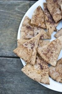 Whole-Grain Cinnamon Pita Chips are a tasty afternoon snack!  Even the kids love them!  #healthysnacks #wholegrain #cinnamon #pita #chips #recipe