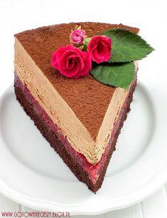 Torcik czekoladowo malinowy Tort #Leśny Mech# Tort malinowy Tort z whisky i dżemem dyniowym Tort kawowo bananowy Czekoladowy tort pralinowy Tort tiramisu