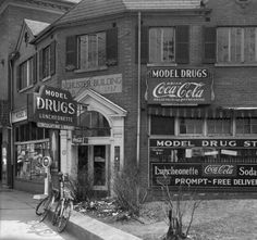 Model Drugs, Bardstown Rd  Louisville, Kentucky. :: R. G. Potter Collection