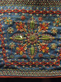 Spending the weekend in sunny Kraków, researching folk costume and Polish traditional crafts.