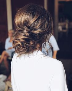 Just like for all brides, when the big day is approaching,many decisions have to be made. Wedding hair is a major part of what gives you good looks. These incredible romantic wedding updo hairstyles are seriously stunning. If you you want to add glamour to your wedding hairstyle, then check out these beautiful updos! #weddingdayhair