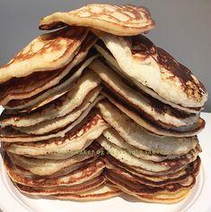 Rykende ferske sveler | Tones kaker Pancakes, Baking, Breakfast, Food, Meal, Patisserie, Pancake, Backen, Eten