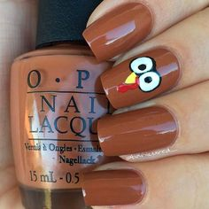 Best Thanksgiving Nails – 51 Trending Thanksgiving Nail Designs – Best Nail Art Winter Nails Polish Colors Designs - 55 Best Winter Nails Ivory white and nude nails with fine glitter damask accent and small pearls. Thanksgiving Nail Designs, Thanksgiving Nail Art, Christmas Nail Art, Holiday Nails, Thanksgiving Turkey, Nail Art Designs, Nails Design, Fall Manicure, Gel Nagel Design