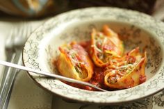 temp-tations by Tara: Make-Ahead, Freezer-Friendly One Dish Meals: Roasted Garden Vegetable Stuffed Shells