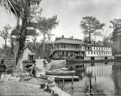 "Shorpy Historical Photo Archive :: Silver Springs, Florida, circa 1900. ""Okeehumkee at wharf on the Oklawaha River."" Detroit Publishing Company glass negative."