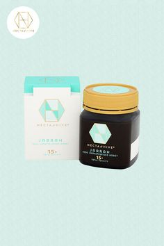 Raw Jarrah Honey is Necta and Hive's extraordinary honey with antibacterial properties which can reduce infections and enhance healing. Honey For Cough, Australian Honey, Honey Label, Best Honey, Sugar Cravings, Raw Honey, Bees Knees, Energy Level, For Your Health