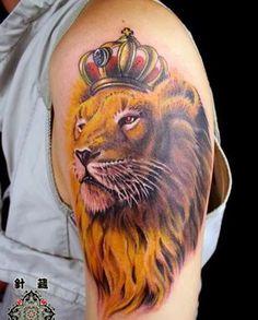 Watercolor Lion Tattoo Design on Shoulder Tribal Arm Tattoos, Leo Tattoos, Arm Tattoos For Guys, Hand Tattoos, Zodiac Tattoos, Animal Tattoos, Simple Crown Tattoo, King Crown Tattoo, Crown Tattoos