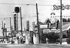 Aurora Avenue in 1978. Seattle Bars, Downtown Seattle, Seattle Times, Renton Washington, Seattle Washington, Vintage Pictures, Old Pictures, Washington State History, Seattle Aquarium