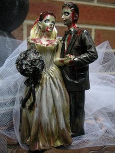 Zombie Wedding Cake Topper, I'm not a huge fan of zombies but this is cool!
