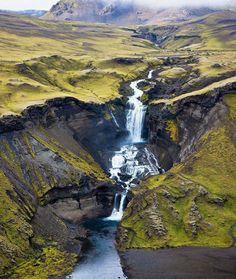 Ófærufoss+waterfall.jpg by Thierry Hennet