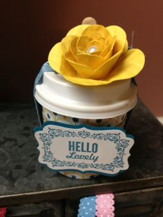 This cute coffee cup is topped off with a flower made with SU!s original Spiral Flower die. You can make one of these at my February Card Buffet Class. Sign up here: http://bonniewashburn.stampinup.net