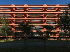 Valerio Olgiati - Schleife residential building, Zug 201. Via, 2, photos © Javier Miguel Verme.