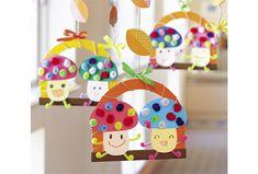 くるくると巻いたモールが、ポップな印象の模様に変身! ことばかけ例元気いっぱいのきのこだよ!モールをくるくるっと巻いてカラフルな帽子に。手足をつけたら、ダンスだってできちゃうね! Autumn Theme, Advent Calendar, Art For Kids, Origami, Diy And Crafts, November, Activities, Holiday Decor, Paper