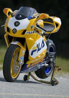 Ducati Fila race replica Shared by Motorcycle Fairings - Motocc Ducati 749, Ducati Desmo, Hummer, Moto Miniature, Ducati Models, Ducati Sport Classic, Custom Sport Bikes, Ducati Motorcycles, Moto Bike