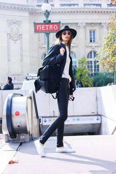 ストリートスナップパリ - ALEXANDRA AGOSTONさん | Fashionsnap.com