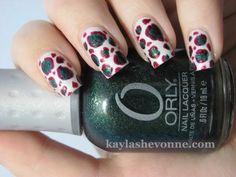 Nails by Kayla Shevonne: Christmas Nail Art - Christmas Cheetah Print